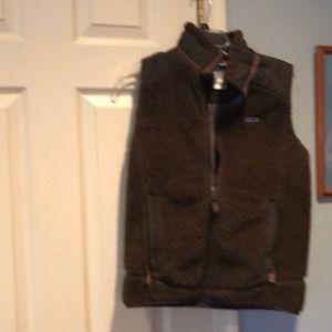 Med chocolate brown Patagonia women's fleece vest
